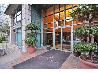 """Photo 2: 1001 1889 ALBERNI Street in Vancouver: West End VW Condo for sale in """"THE LORD STANLEY"""" (Vancouver West)  : MLS®# R2620894"""