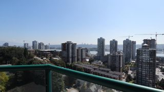 """Photo 2: 1702 121 TENTH Street in New Westminster: Uptown NW Condo for sale in """"VISTA ROYALE"""" : MLS®# R2300815"""