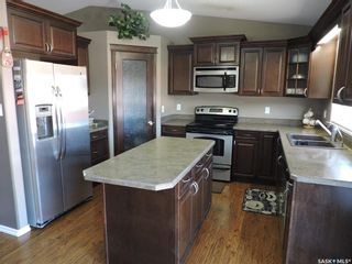 Photo 6: 77 Madge Way in Yorkton: Riverside Grove Residential for sale : MLS®# SK810519