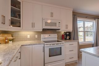 Photo 8: 208 Curtis Drive in Truro: 104-Truro/Bible Hill/Brookfield Residential for sale (Northern Region)  : MLS®# 202110216