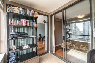 """Photo 10: 1605 1189 HOWE Street in Vancouver: Downtown VW Condo for sale in """"THE GENESIS"""" (Vancouver West)  : MLS®# R2166646"""