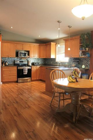 Photo 8: 209 5th Avenue East in Lampman: Residential for sale : MLS®# SK831260