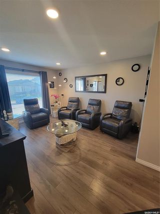 Photo 4: 943 Glenview Cove in Martensville: Residential for sale : MLS®# SK870456