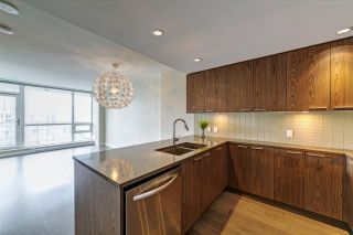 """Photo 3: 2903 2975 ATLANTIC Avenue in Coquitlam: North Coquitlam Condo for sale in """"Grand Central 3 by Intergulf"""" : MLS®# R2474182"""