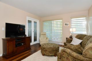 "Photo 4: 308 1508 MARINER Walk in Vancouver: False Creek Condo for sale in ""MARINER POINT"" (Vancouver West)  : MLS®# V1062003"