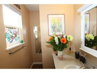 Photo 4: 16284 14 AV in Surrey: King George Corridor Home for sale ()  : MLS®# F1409065