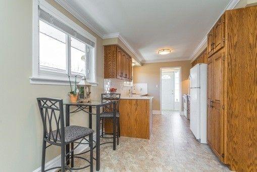 Photo 17: Photos: 541 Arnhem Drive in Oshawa: O'Neill House (Backsplit 4) for sale : MLS®# E3456898