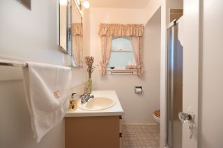 Photo 13: 3004 W 14TH AVENUE in Vancouver: Kitsilano House for sale (Vancouver West)  : MLS®# R2519953