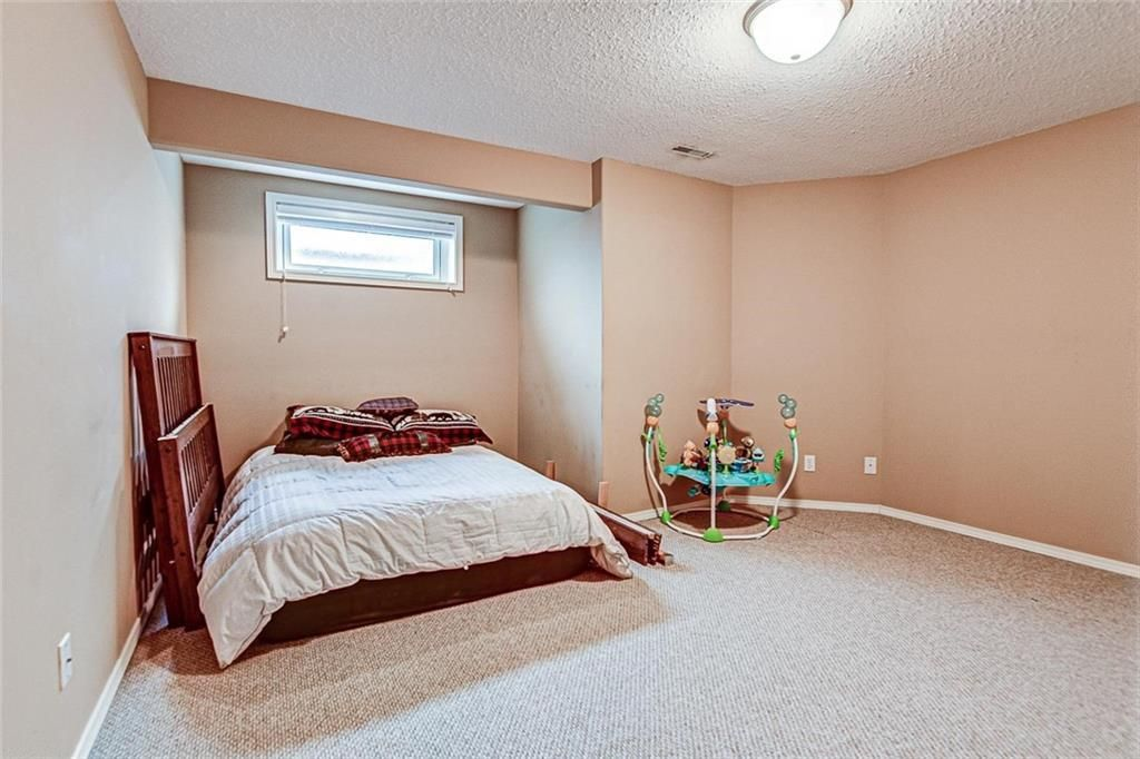 Photo 24: Photos: 25 THORNLEIGH Way SE: Airdrie Detached for sale : MLS®# C4282676