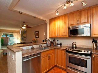Photo 3: 160 W 12TH ST in North Vancouver: Central Lonsdale Condo for sale : MLS®# V852834