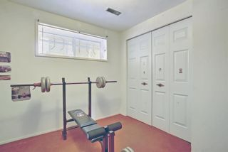 Photo 19: 199 Cedardale Road SW in Calgary: Cedarbrae Semi Detached for sale : MLS®# A1088680