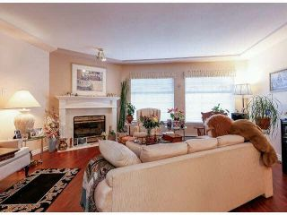 "Photo 5: 25 9168 FLEETWOOD Way in Surrey: Fleetwood Tynehead Townhouse for sale in ""FOUNTAINS"" : MLS®# F1403191"