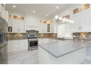 Photo 3: 10415 GILMORE Crescent in Richmond: Bridgeport RI House for sale : MLS®# R2272337