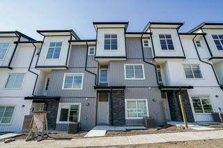 Photo 1: 38 5867 129 Street in Surrey: Panorama Ridge Townhouse for sale : MLS®# R2344026