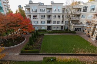 "Photo 17: 321 3098 GUILDFORD Way in Coquitlam: North Coquitlam Condo for sale in ""Marlborough House"" : MLS®# R2218366"