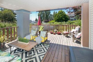 """Photo 1: 124 5600 ANDREWS Road in Richmond: Steveston South Condo for sale in """"LAGOONS"""" : MLS®# R2184932"""