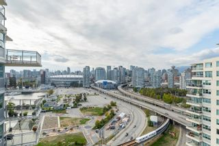 """Photo 16: 2101 120 MILROSS Avenue in Vancouver: Downtown VE Condo for sale in """"Brighton"""" (Vancouver East)  : MLS®# R2617891"""