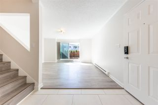 Photo 5: 962 HOWIE Avenue in Coquitlam: Central Coquitlam Townhouse for sale : MLS®# R2569697