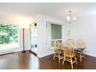 """Photo 8: 2 2120 CENTRAL Avenue in Port Coquitlam: Central Pt Coquitlam Condo for sale in """"CENTRAL PT COQUITLAM"""" : MLS®# V1135631"""