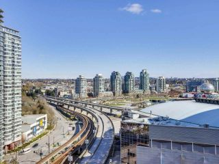 "Photo 6: 1709 602 CITADEL Parade in Vancouver: Downtown VW Condo for sale in ""Spectrum 4"" (Vancouver West)  : MLS®# R2565583"