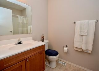 Photo 16: 816 MADEIRA Drive NE in Calgary: Marlborough Park Row/Townhouse for sale : MLS®# C4262604