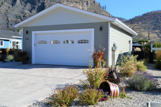 Photo 2: #124 8300 GALLAGHER LK FRONTAGE Road, in Oliver: House for sale : MLS®# 191726