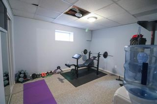 Photo 24: 2 St Martin Boulevard in Winnipeg: East Transcona Residential for sale (3M)  : MLS®# 202104555