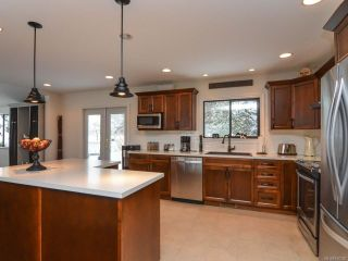 Photo 13: 2924 SUFFIELD ROAD in COURTENAY: CV Courtenay East House for sale (Comox Valley)  : MLS®# 750320