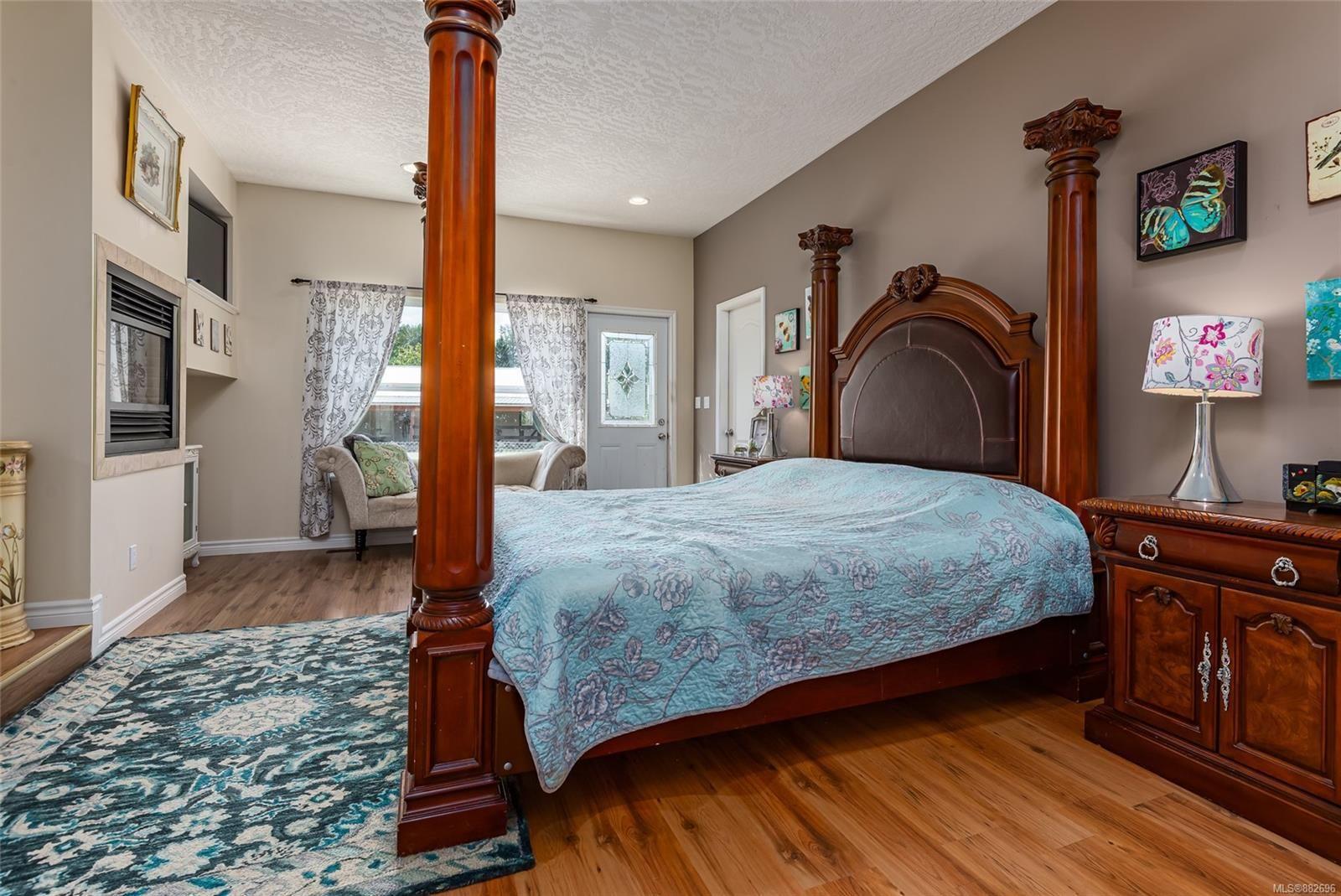 Photo 15: Photos: 3554 MacAulay Rd in : CV Merville Black Creek House for sale (Comox Valley)  : MLS®# 882696