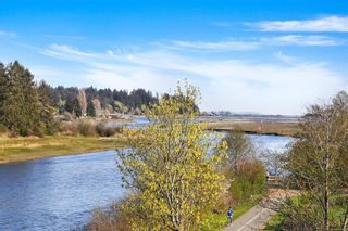 Photo 21: 304 1944 Riverside Lane in : CV Courtenay City Condo for sale (Comox Valley)  : MLS®# 873452