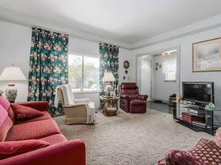 Photo 3: 2253 E 35TH AV in Vancouver: Victoria VE House for sale (Vancouver East)  : MLS®# V1132714