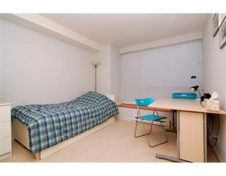 Photo 6: 6781 VILLAGE GR in Burnaby: Condo for sale : MLS®# V825832