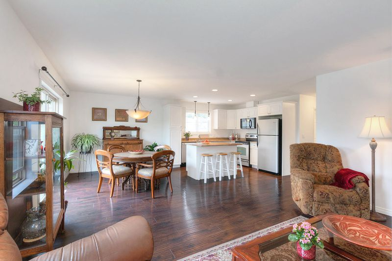 FEATURED LISTING: 21 - 11392 Lodge Road Lake Country