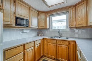 Photo 6: 2339 2 Avenue NW in Calgary: West Hillhurst Detached for sale : MLS®# A1040812