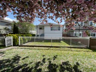 Photo 1: 3016 HORLEY Street in Vancouver: Collingwood VE House for sale (Vancouver East)  : MLS®# R2572370
