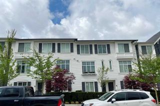 Photo 2: 21 13636 81A Avenue in Surrey: Bear Creek Green Timbers Townhouse for sale : MLS®# R2570326