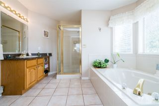 Photo 14: 816 RAYNOR Street in Coquitlam: Coquitlam West House for sale : MLS®# R2568662