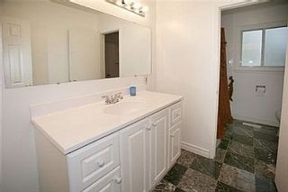Photo 8: 122 DARLINGSIDE DR in TORONTO: Freehold for sale