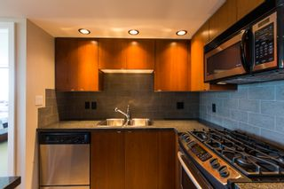 Photo 4: 1506 9188 Hemlock Drive in Casuarina at Hampton Park: McLennan North Home for sale ()  : MLS®# V1079379