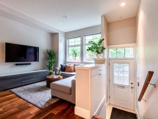 """Photo 3: 507 E 7TH Avenue in Vancouver: Mount Pleasant VE Townhouse for sale in """"Vantage"""" (Vancouver East)  : MLS®# R2472829"""