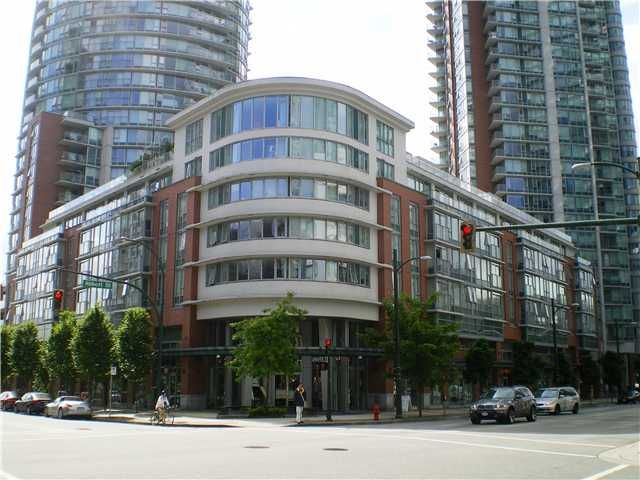 """Main Photo: 515 618 ABBOTT Street in Vancouver: Downtown VW Condo for sale in """"FIRENZE"""" (Vancouver West)  : MLS®# V897387"""