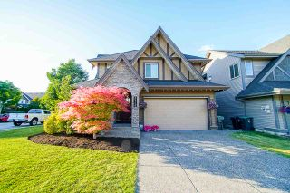 """Photo 1: 21119 78B Avenue in Langley: Willoughby Heights House for sale in """"YORKSON"""" : MLS®# R2463226"""