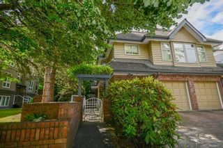 """Photo 3: 3934 LINWOOD Street in Burnaby: Burnaby Hospital Townhouse for sale in """"CASCADE VILLAGE"""" (Burnaby South)  : MLS®# R2489487"""