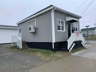 Photo 2: 3320 Plummer Avenue in New Waterford: 204-New Waterford Residential for sale (Cape Breton)  : MLS®# 202007536