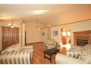 Photo 6: 183 WEST MCDOUGAL Road: Cochrane House for sale : MLS®# C4088134