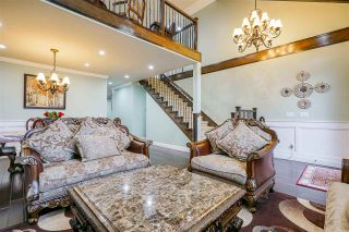 """Photo 7: 18888 53A Avenue in Surrey: Cloverdale BC House for sale in """"Cloverdale """"Hilltop"""""""" (Cloverdale)  : MLS®# R2535179"""