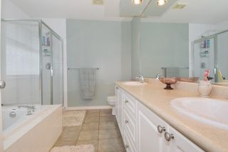 Photo 10: 23475 109 Loop in Maple Ridge: Albion House for sale : MLS®# R2045360