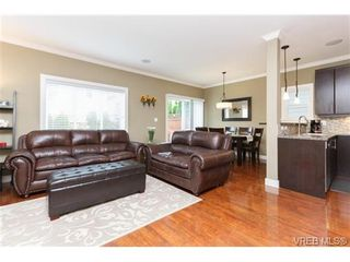 Photo 7: 962 Tayberry Terr in VICTORIA: La Happy Valley House for sale (Langford)  : MLS®# 681383