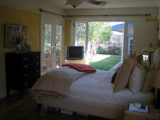 Photo 5: MISSION HILLS House for sale : 3 bedrooms : 4383 Trias in San Diego