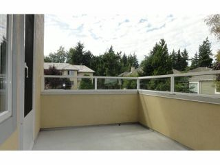 """Photo 11: 121 1653 140TH Street in Surrey: Sunnyside Park Surrey Condo for sale in """"Westminster House"""" (South Surrey White Rock)  : MLS®# F1429182"""